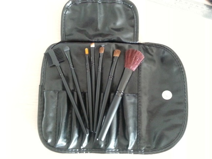 MC BLUSH EYE SHADOW MAKEUP BRUSH 7PCS(China (Mainland))