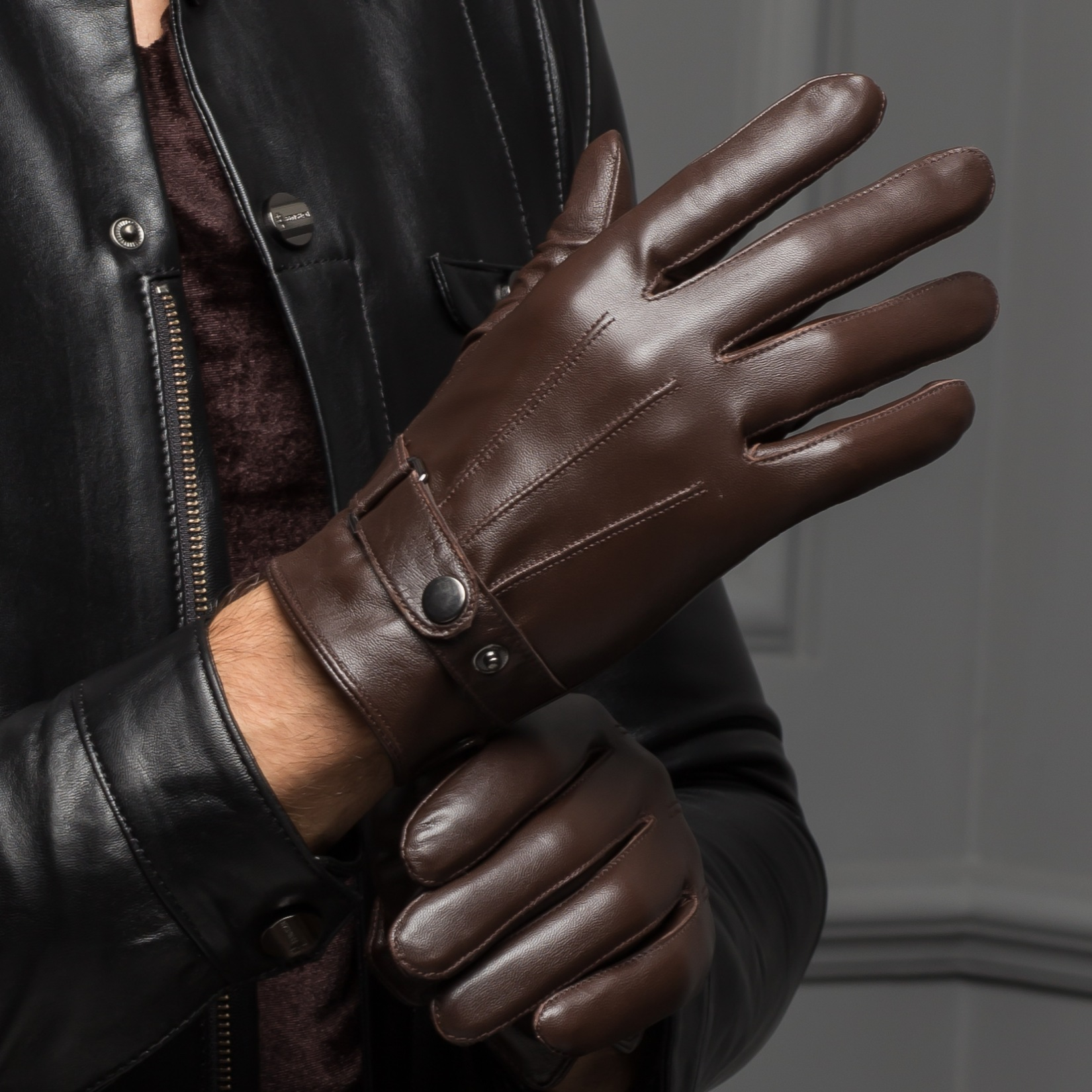Free Shipping 2016 Spring Male Real Leather Short Thin/Thick Black/Brown Touch Screen Gloves Man Outdoor Gym Car Driving Mittens(China (Mainland))