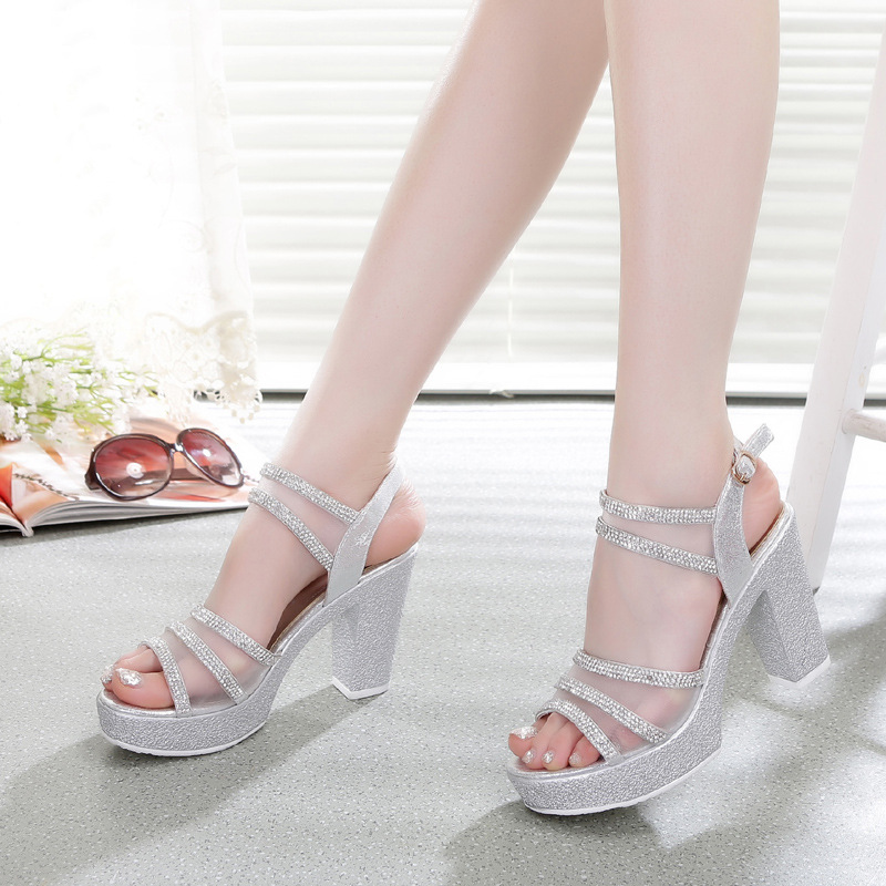 Extra wide womens high heel shoes