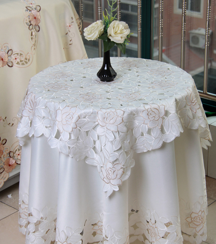 White Pastoral floral embroidered round tablecloth for restaurant Cafe Home Decoration 1pcs price 5 sizes Free Ship(China (Mainland))
