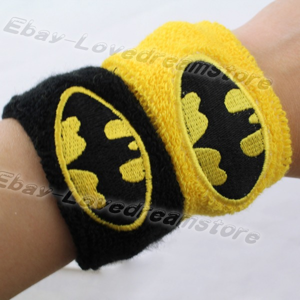 FREE SHIPPING Japanese Animation Cool One Pair Of Super Hero Batman Logo Protect Sport Wristbands Cosplay Yellow&Black(China (Mainland))