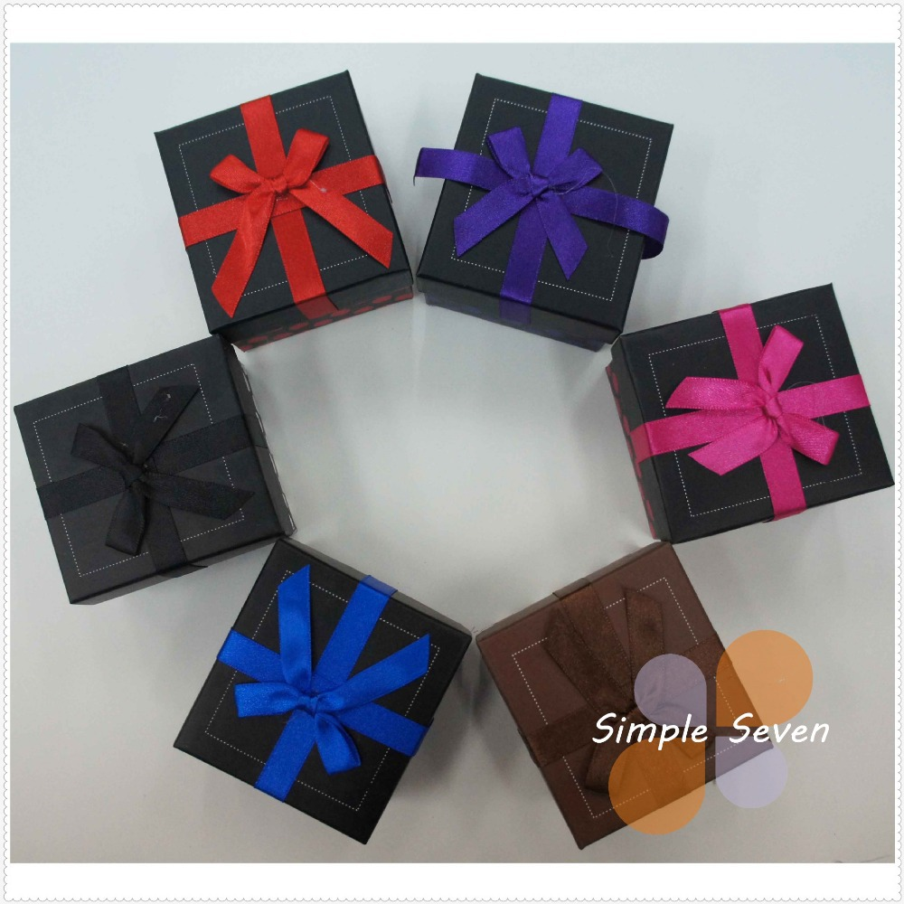 [Simple Seven](12pcs/lot)Festival Lovely Dot Watch Box, Fashion Black Watch Case, 8*9*5.3cm Watch Packing with Ribbon Bowknot(China (Mainland))