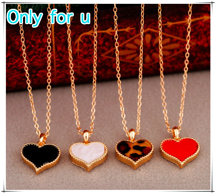 Vintage jewelry Four Leaf Clover Pendant Red Black Leopard Heart Necklaces for women charms Ladies