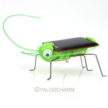 2pcs Mini Solar energy Power Robot Insect Bug Locust Grasshopper Toy kids Gadget Gift 80554