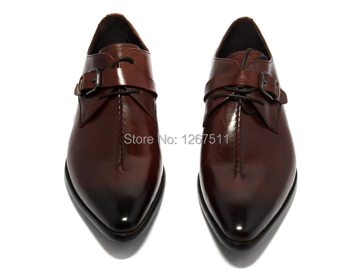 how to clean smelly dress shoes