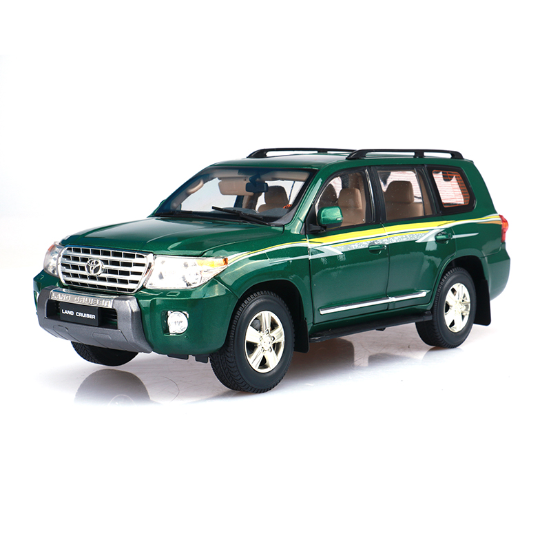 1/18 Scale Japan TOYOTA LAND CRUISER 200 Diecast Metal Car Model Toy For Collection/Gift/Kids/Decoration(China (Mainland))