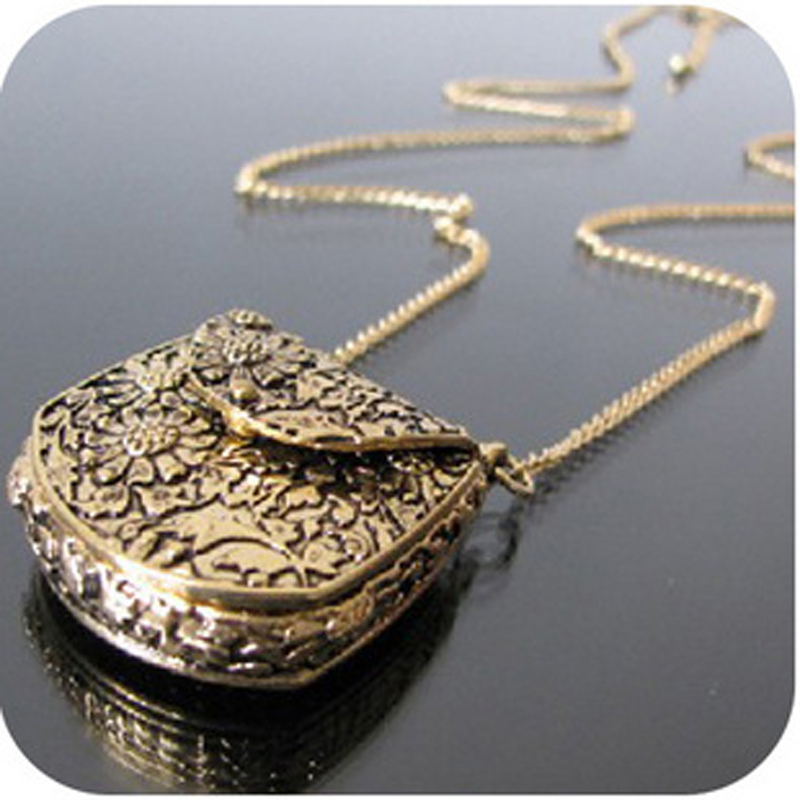 OMH wholesale On0267 fashion accessories vintage exquisite carved metal bags necklace 30g(China (Mainland))
