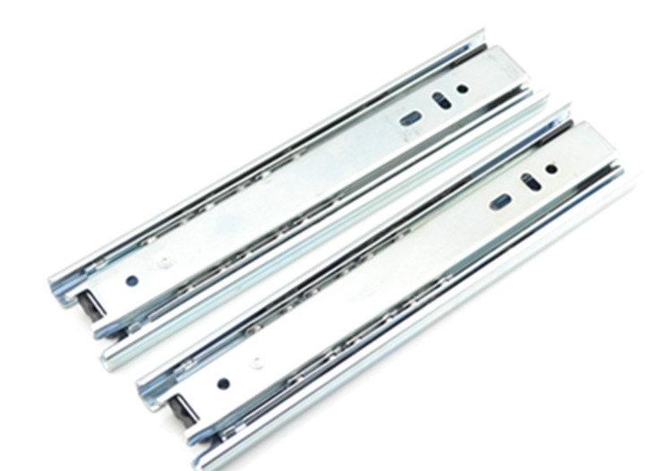 Gu Wei hardware mute triple track rail drawer slide three full extension ball galvanized(China (Mainland))