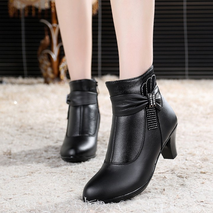 Size 33-41 women genuine leather shoes woman motorcycle boots middle high heel pumps boots women shoes winter boots small size<br><br>Aliexpress