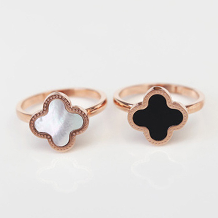Korean Style Jewelry 18K Rose Gold Plated Four Leaf Van Clover Ring For Women Fashion Titanium Steel Rings(China (Mainland))