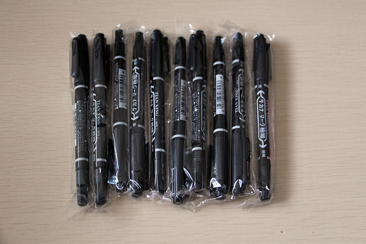 10pcs/box Black oily pen Tattoo and Body Art Skin Marker Pen Double Scribe Piercing Pen yuelong Tattoo Store for free shipping
