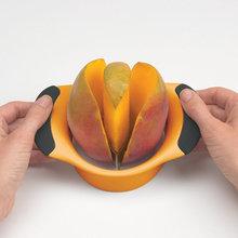 Fruit Tools Mango Slicer Cutter Easy to Use Mango Splitter Pitter Mango Corer(China (Mainland))