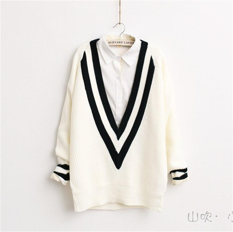 2015 Womens Winter Jumper Sweaters Knitted Pullovers Black White Sweater V neck Casual Pullovers Winter Sweaters burderry women(China (Mainland))