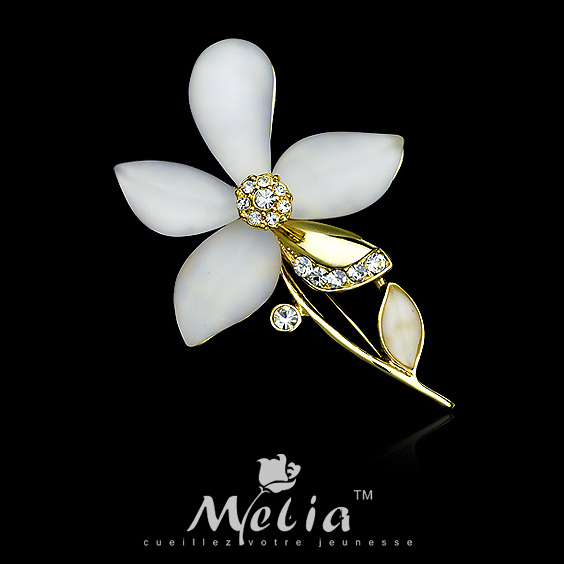 Fashion accessories flower brooch rhinestone gardenia corsage suit collar needle full dress pin female(China (Mainland))