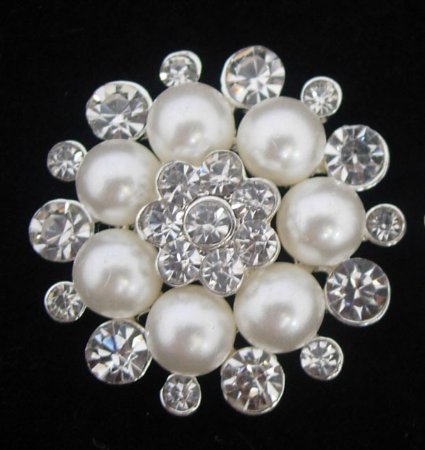 Free shipping 50pcs/lot 30MM size Sparkling Rhinestones Crystal pearl button metal use for wedding card or headband button(China (Mainland))