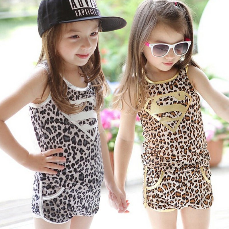 Retail 2016 New retail summer girl clothing set golden leopard superman vest shorts 2pcs girls set(China (Mainland))