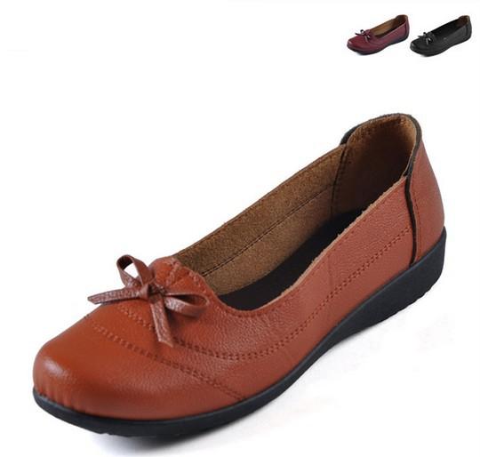 Женская обувь на плоской