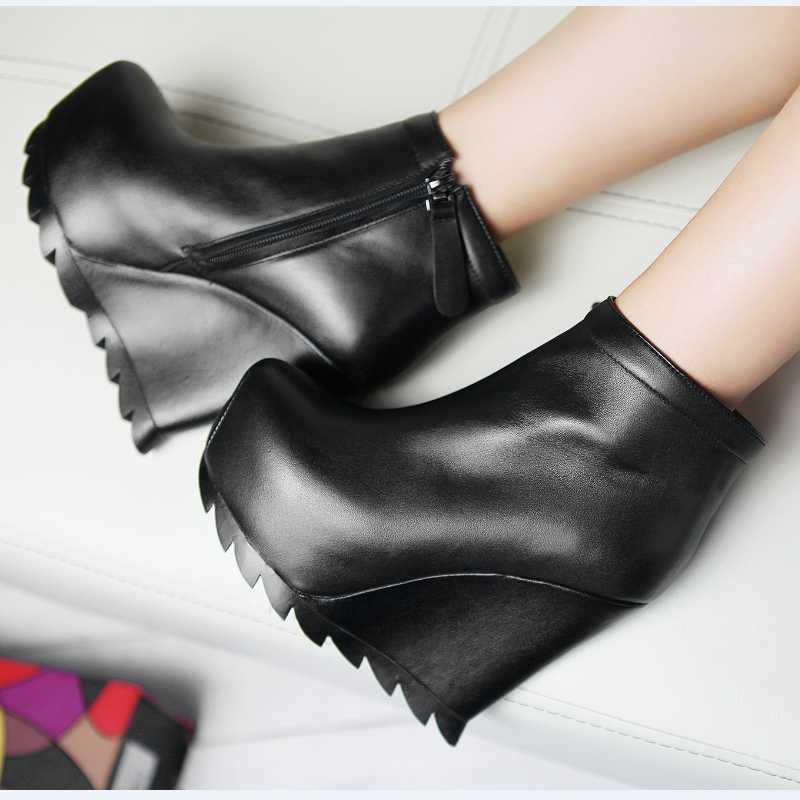 Фотография 2015 Autumn Winter Retro Black Ankle Boots Fashion Casual Round Toe Platform High Heels Ladies Wedges Genuine Leather Shoes