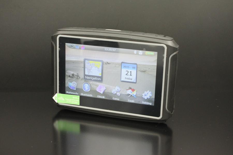 4.3 дюймов водонепроницаемый мотоцикл GPS навигация-4 система сборки в 4 г флэш-памяти Bluetooth FM передатчик 2015 новый