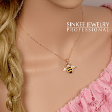 Cute Solid Little Bee Pendant Animal Necklace for Women 18K Rose Gold Plated Brand Jewelry XL399