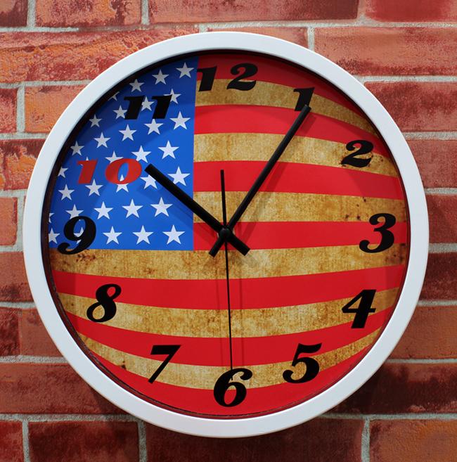 Продам новые очень красивые часы из США
