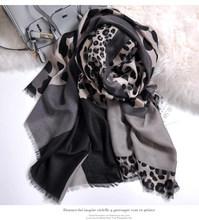 Winter sjaal koreaanse stijl, animal print Halsdoek, luipaard sjaal, Luxe Merk Moslim Hijab, hoofd sjaals, cape sjaal femme poncho(China)