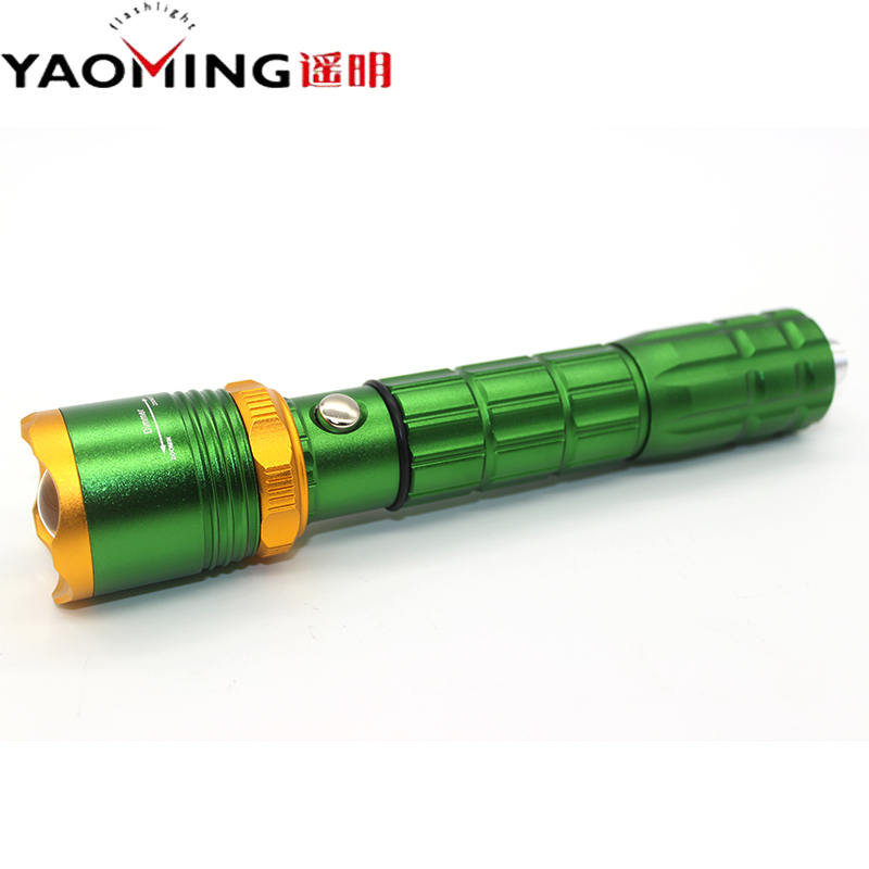 2016 New Style 2000LM Powerful CREE XPE Q5 LED Flashlight 3 Modes Zoomable Led Torch Lamp Hammer Attack for Self-defense 1X18650(China (Mainland))
