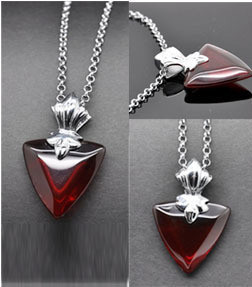 Rin Tosaka necklace 2