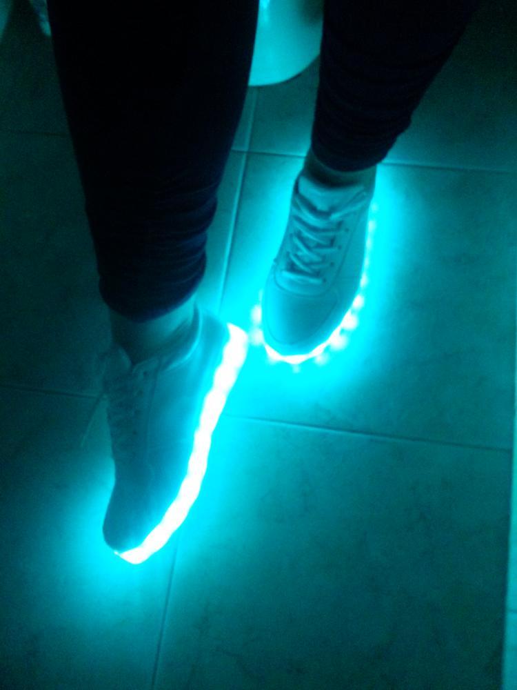 Как сделать обувь светящейся 56