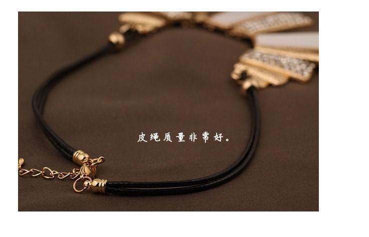 פריטים חדשים תכשיטים מסוגננים הנפש המערביים טרפז Retangle אבני חן עור PU שרשראות & תליונים לנשים