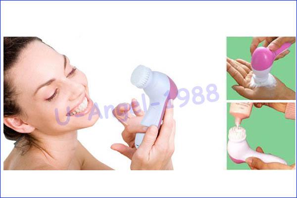 משלוח חינם+ 5 ב-1 חשמלי לשטוף את הפנים המכונה מנקה נקבובית פנים הגוף ניקוי מיני עיסוי העור יופי לעיסוי מברשת