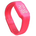 2016 New Arrival Smart Bracelet 3D Pedometer Bracelet PC Tracking Number of Calories LED Bracelet Display