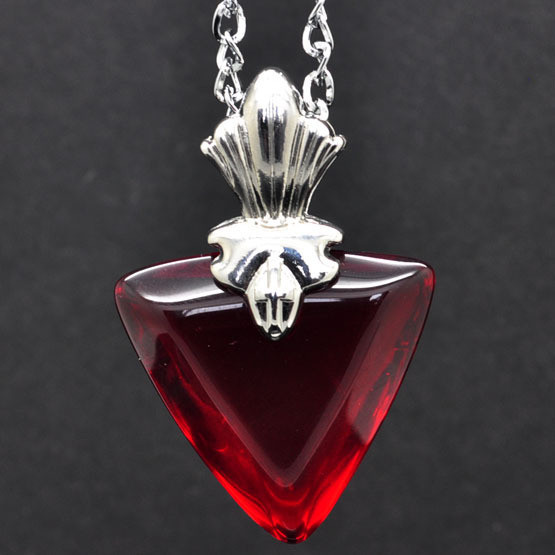Rin Tosaka necklace 3